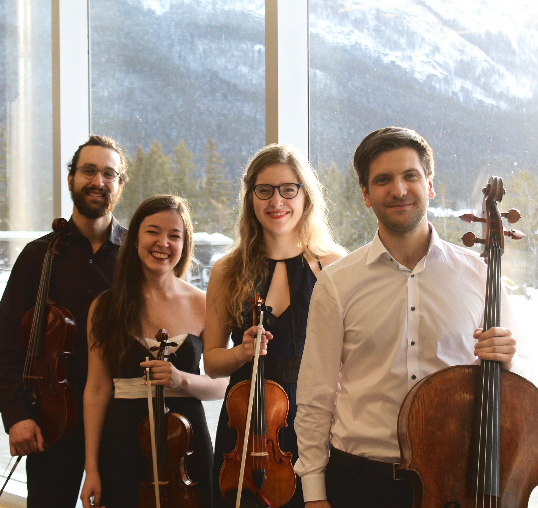 https://ahuntsicenfugue.ca/2019/wp-content/uploads/2019/06/Quatuor-Andara.jpg